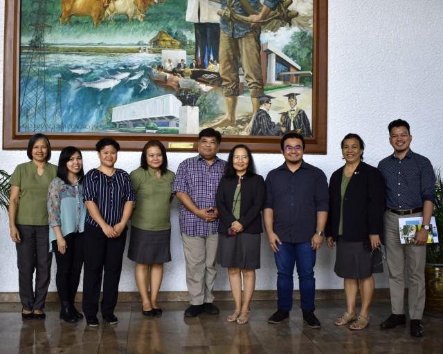 SEAMEO SEARCA's KMD staff with SEAMEO INNOTECH's KMNO staff